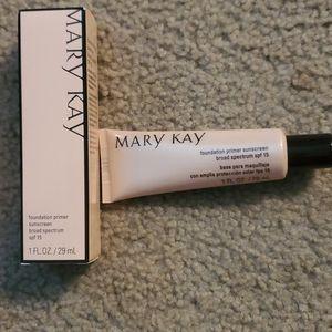 🌞NIB Mary Kay Foundation Primer Sunscreen